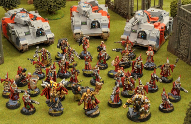 Inquisitors with Retinue - Acolytes, Servitors, Chimeras, etc...